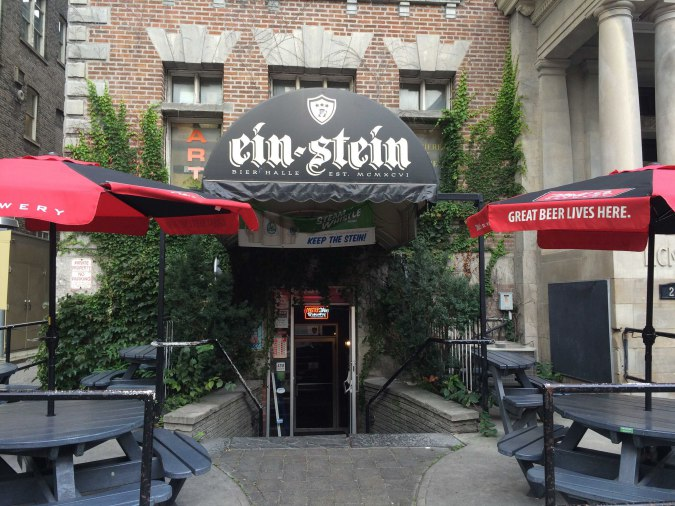 Review: Ein-Steins on College Street